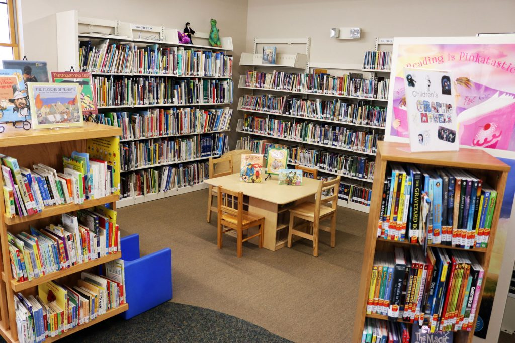Horicon library kids corner